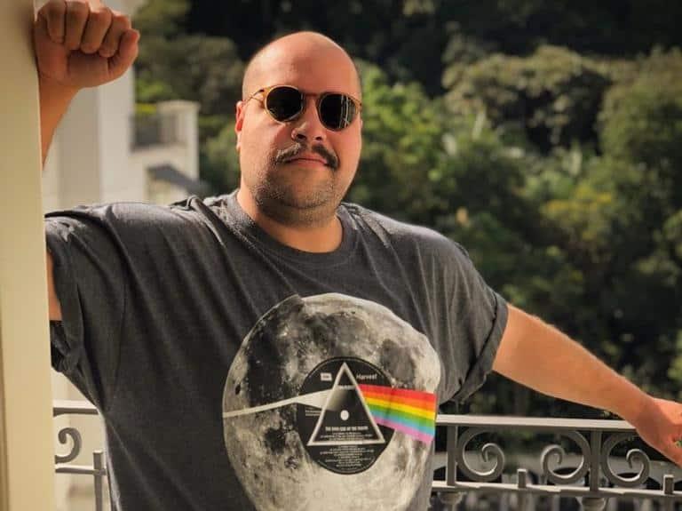 Tiago Abravanel deve deixar a Globo para ter programa no SBT