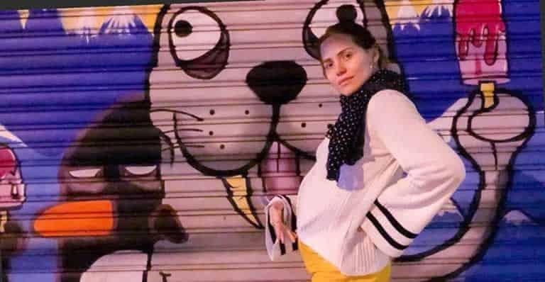 Letícia Colin mostra barriguinha da primeira gravidez