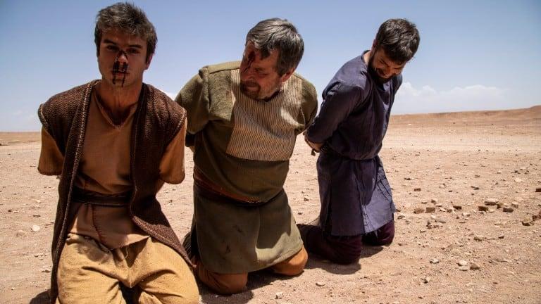 Nabote e seus filhos são apedrejados até a morte