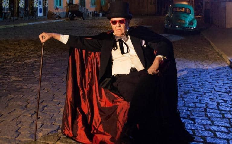 Ney Latorraca revive o vampiro Vlad, que foi sucesso em 1991, na novela 'Vamp'