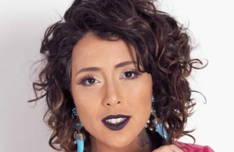 Roberta Espinola faz shows no Rio de Janeiro