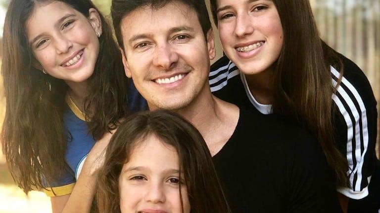 Rodrigo Faro com as herdeiras, Maria, Clara e Helena