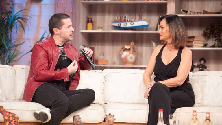 Pedro Mariano fala da mãe Elis Regina, no programa Ritmo Brasil