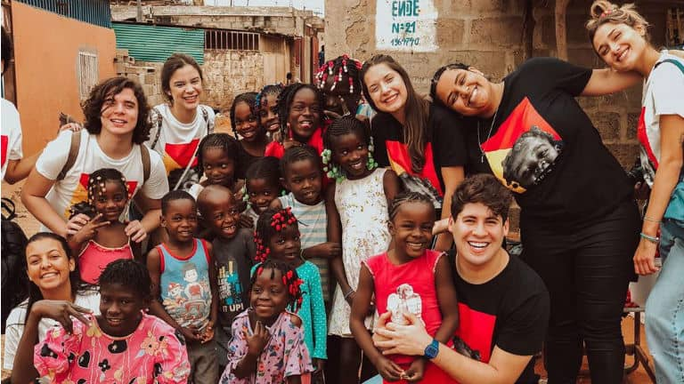 sasha é missionário na áfrica