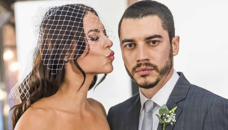 Vivi (Paolla Oliveira) e Camilo (Lee Taylor)