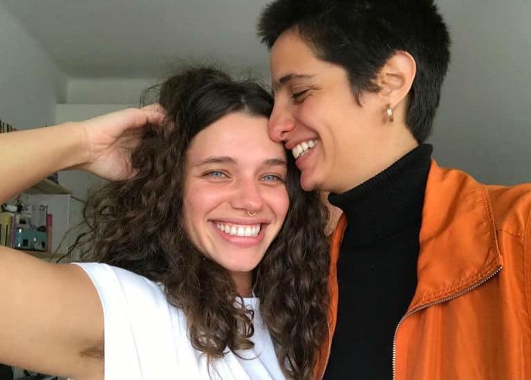 Bruna Linzmeyer e namorada