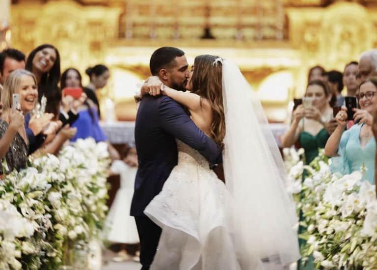 Renato Góes e Thaila Ayala se casam