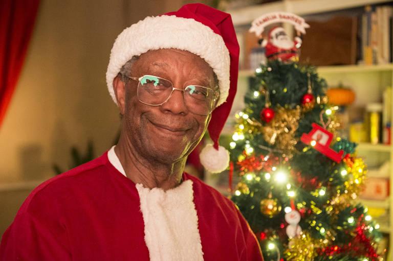 Milton Gonçalves vive Papai Noel em especial