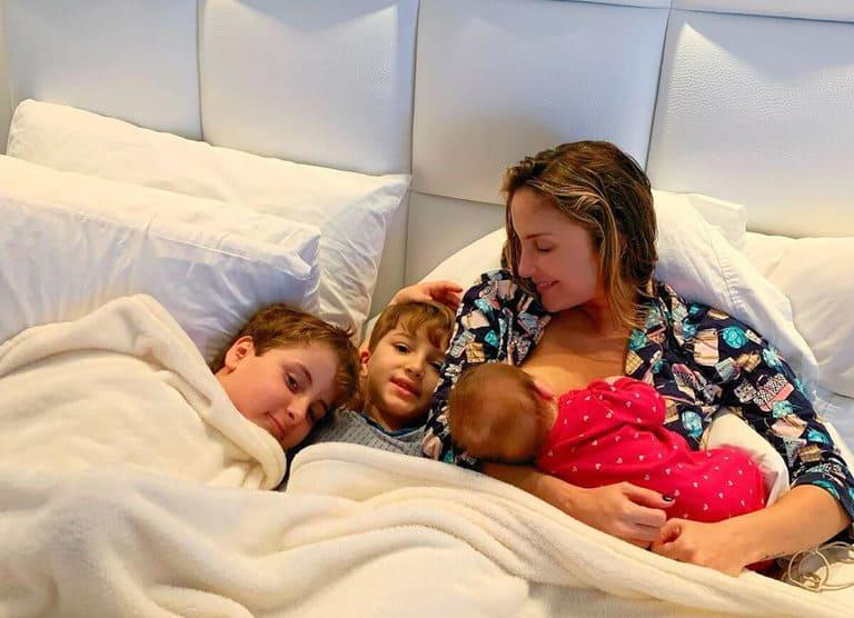 Claudia Leitte e os filhos