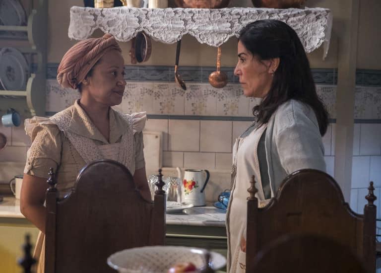 Durvalina (Virgínia Rosa) e Lola (Gloria Pires)