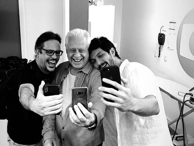 Antonio Fagundes, ao lado de Romulo Estrela e Lúcio Mauro Filho
