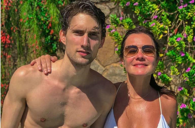 Adriana Esteves e o filho Felipe Ricca