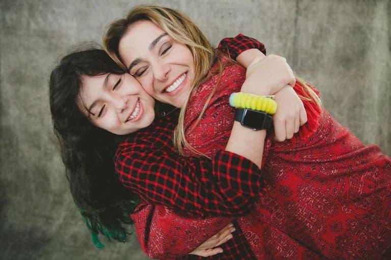 Mônica Martelli e a filha Julia