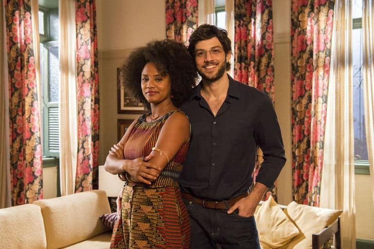 Camila (Jéssica Ellen) e Danilo (Chay Suede)