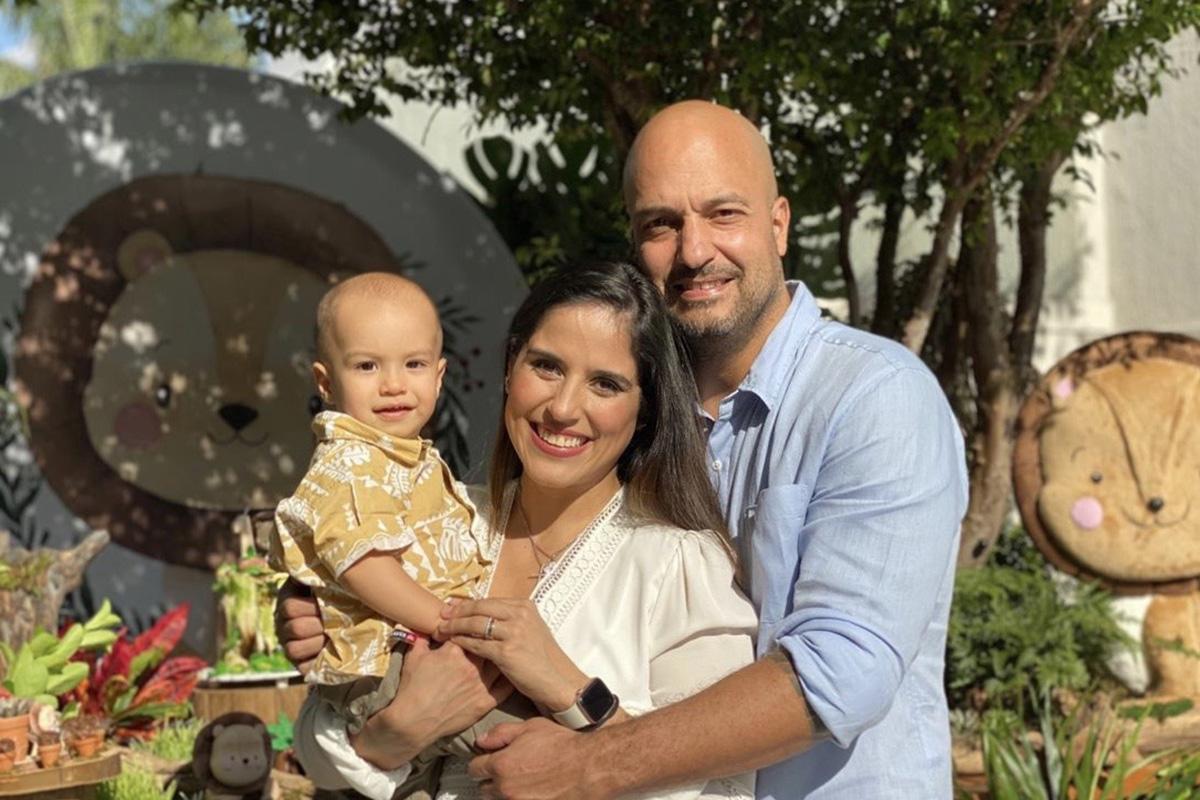 Joaquim, Camilla Camargo e Leonardo Lessa