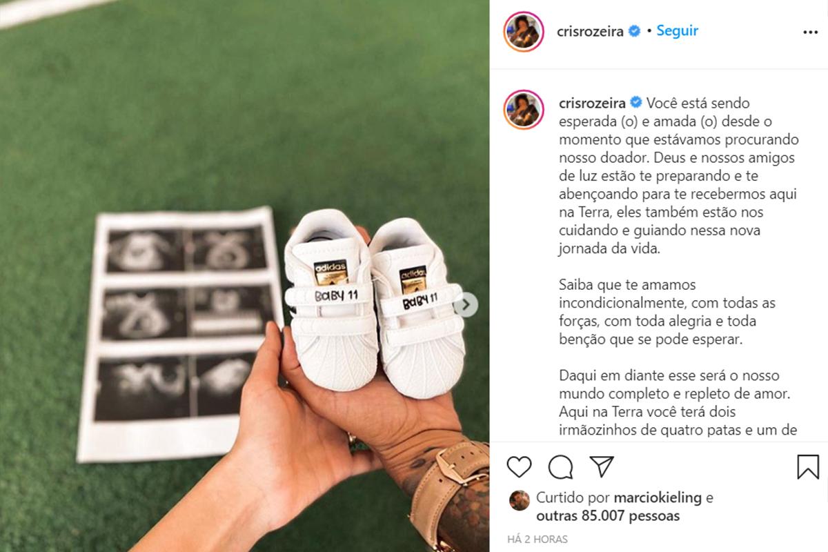 Cris Rozeira anuncia a gestação da esposa