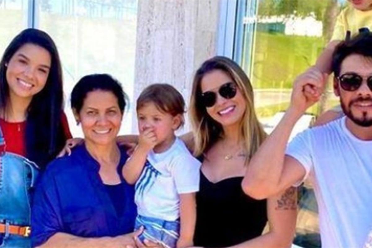 Andressa Suita e a família