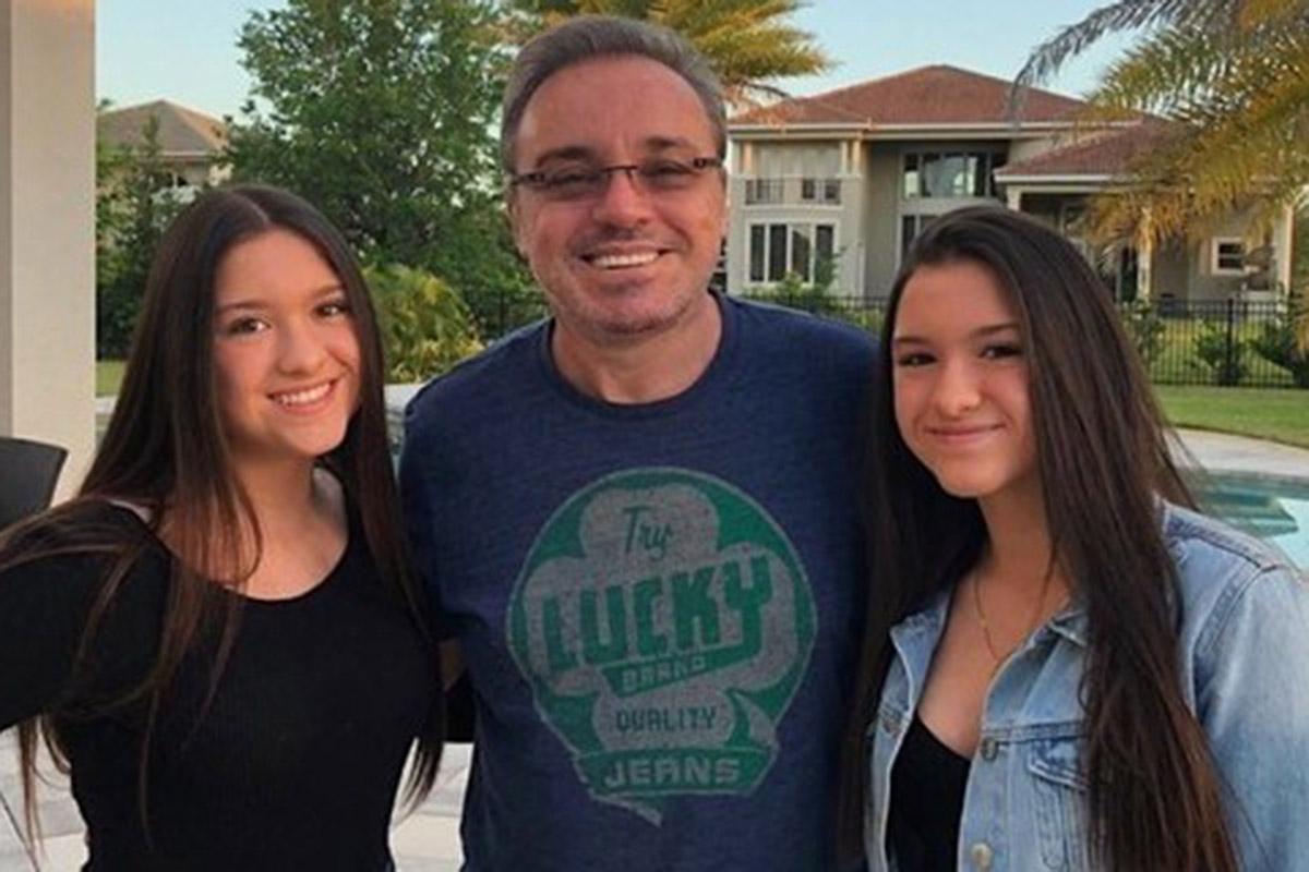 Gugu Liberato e as filhas gêmeas, Marina e Sofia