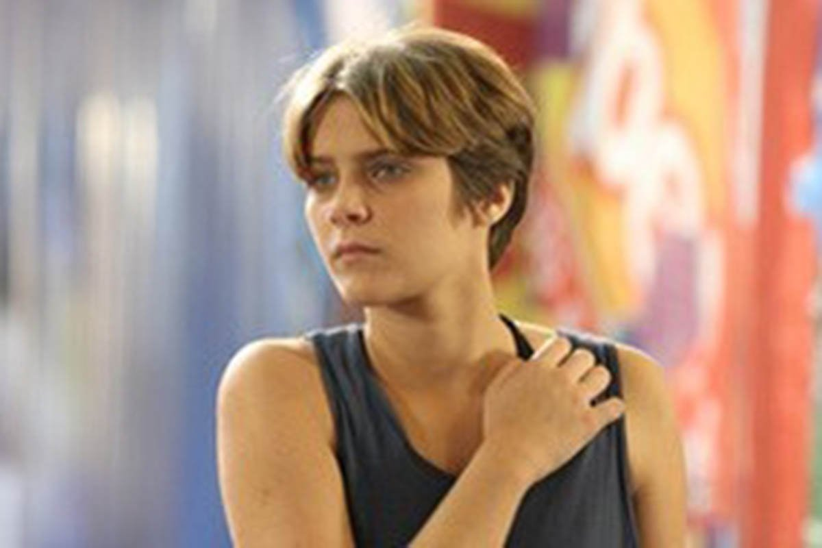 Karina (Isabella Santoni) em Malhação Sonhos