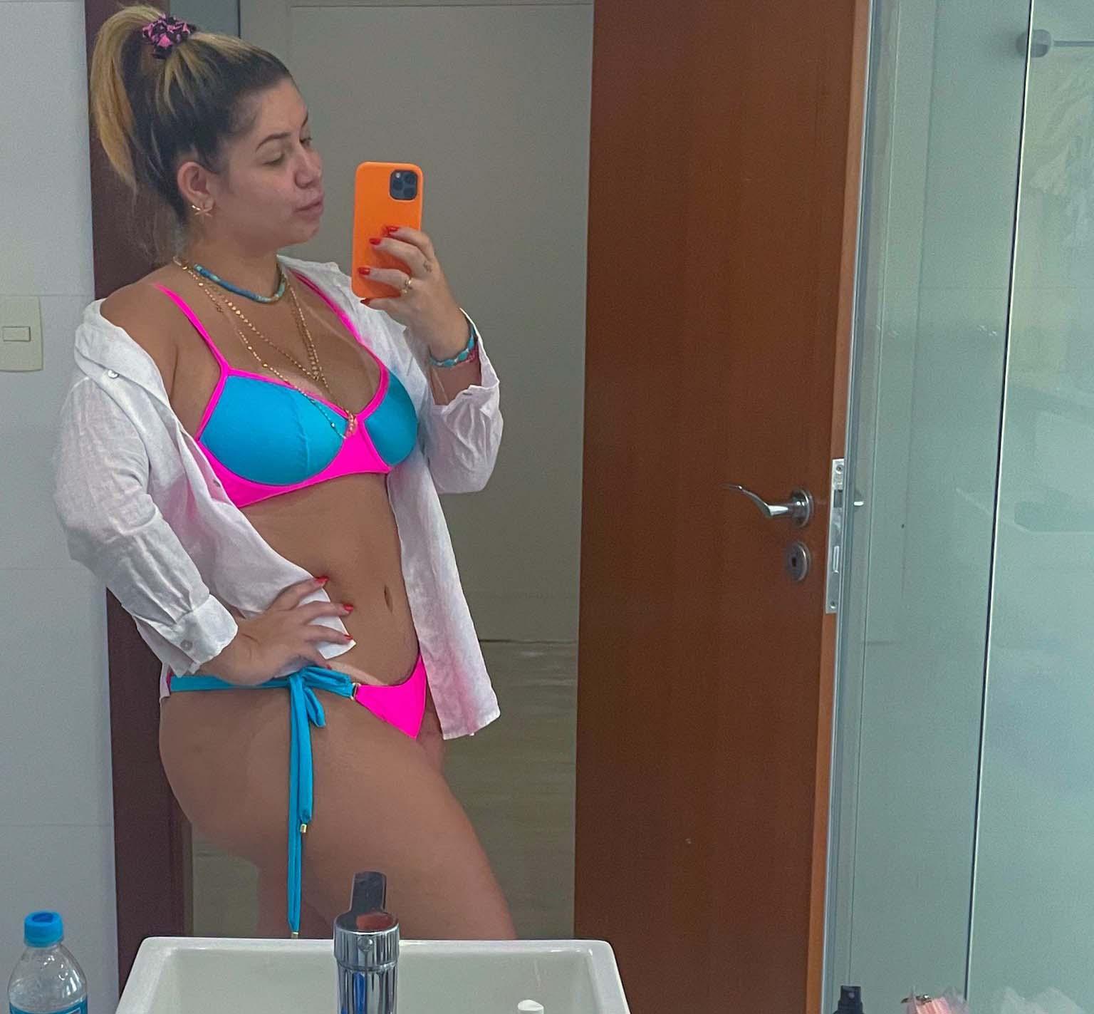 Marília Mendonça mostra fotos das férias