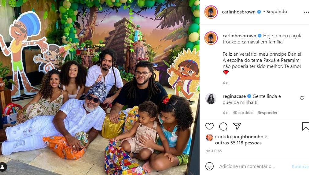 Carlinhos Brown com os filhos