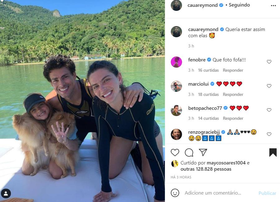 Cauã Reymond e sua família