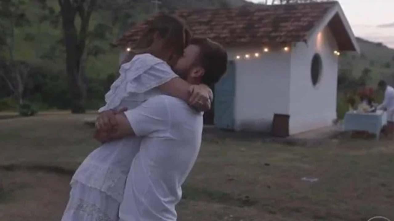 Rodrigo Hilbert construiu capela para se casar com Fernanda Lima na pandemia