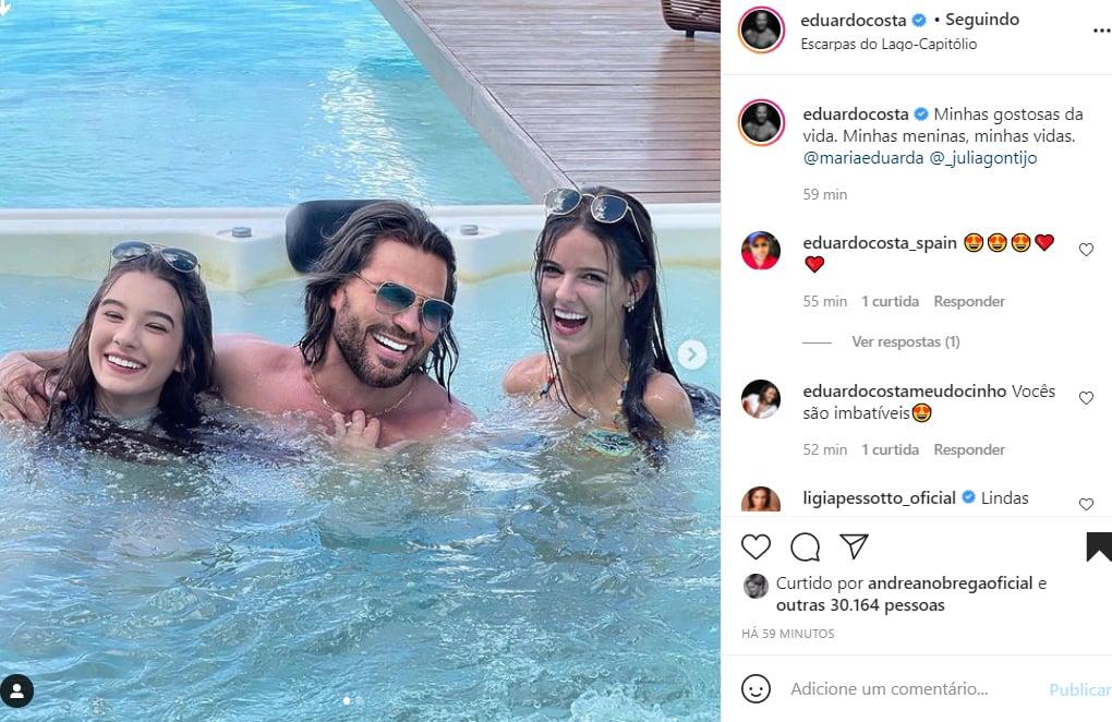 Eduardo Costa com a filha, Maria Eduarda, e uma amiga, Julia - Crédito: Reprodução / Instagram