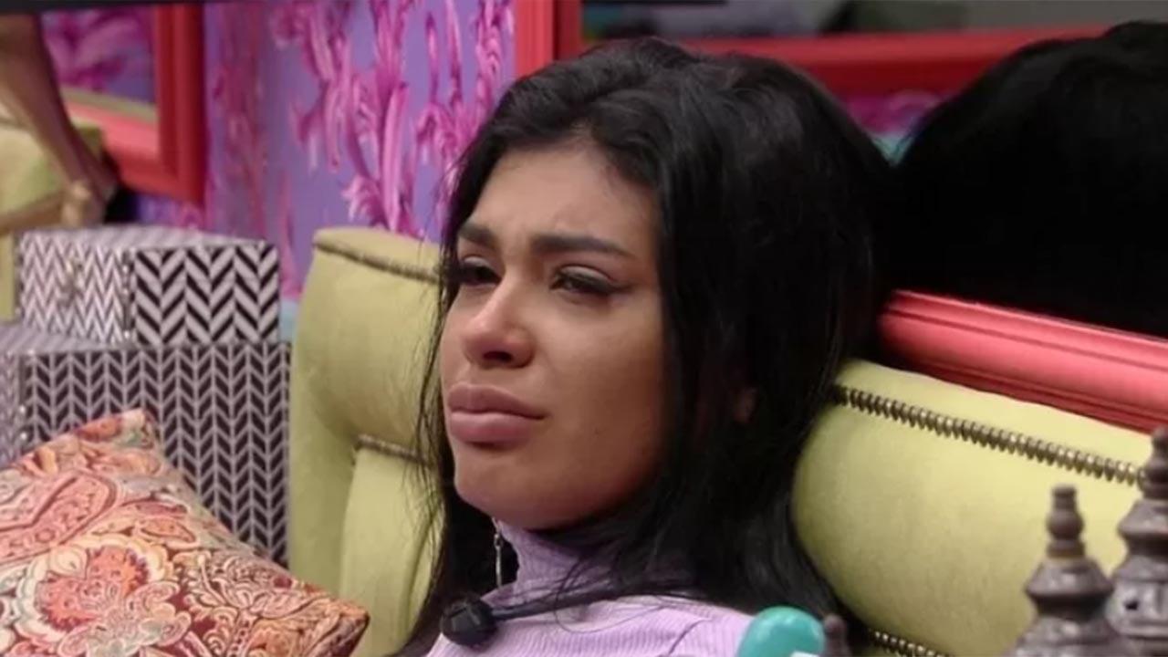 Pocah chora no BBB21