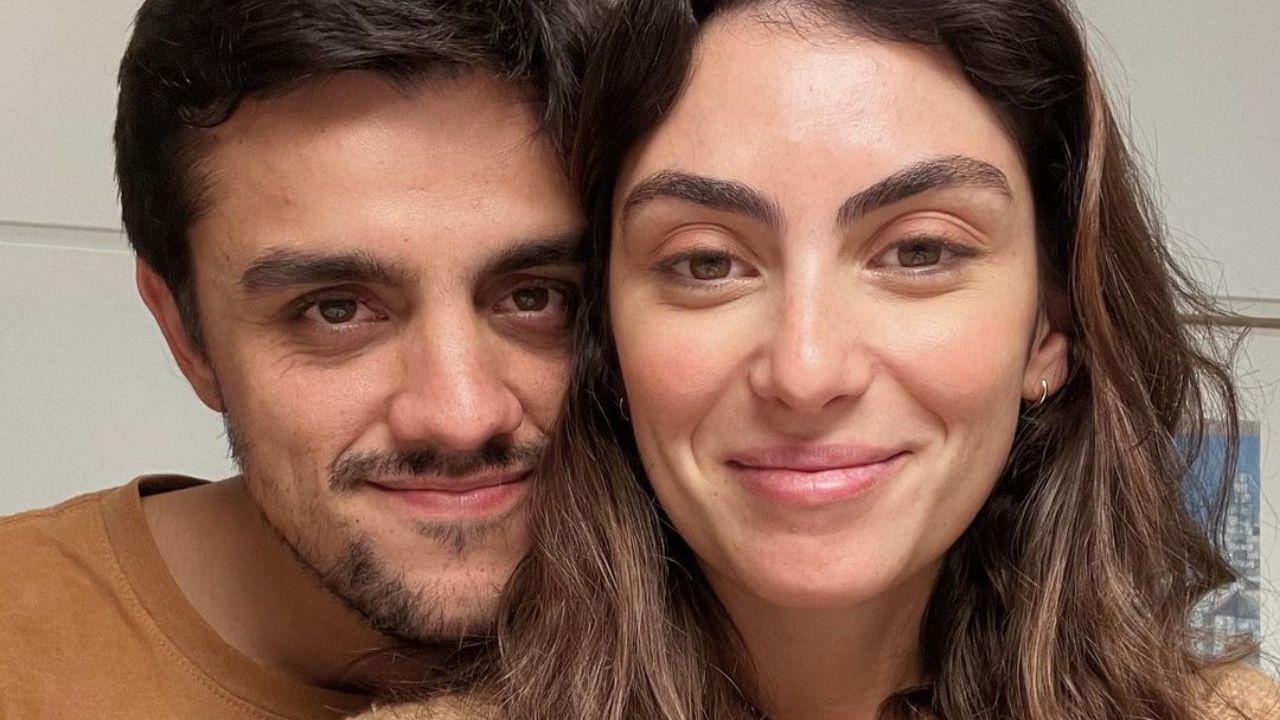 Felipe Simas abre o coração e se declara a Mariana Uhlmann. Foto: Reprodução/Instagram