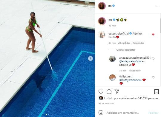 Iza exibe corpão ao curtir dia na piscina