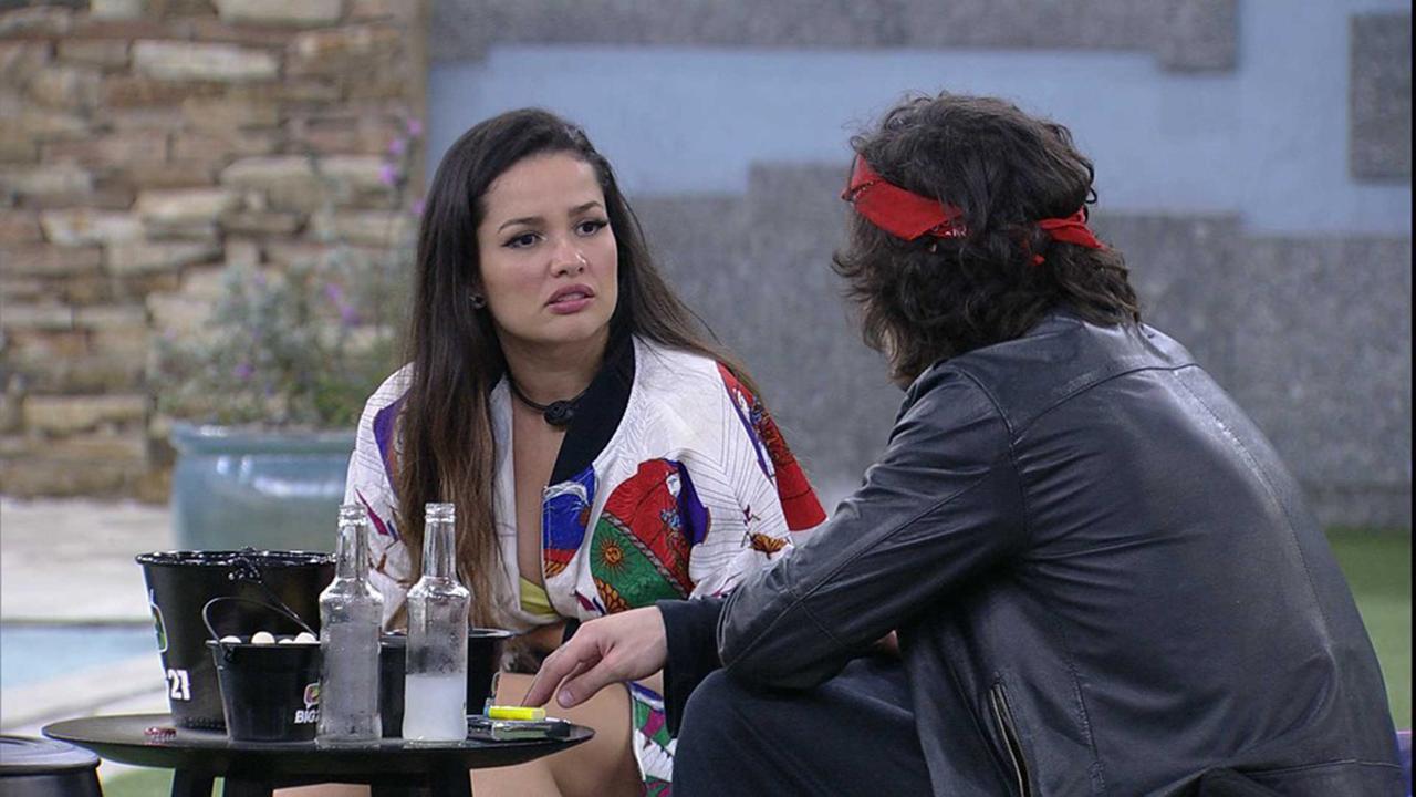 Juliette e Fiuk na última madrugada no BBB21 - Crédito: Reprodução / Globo