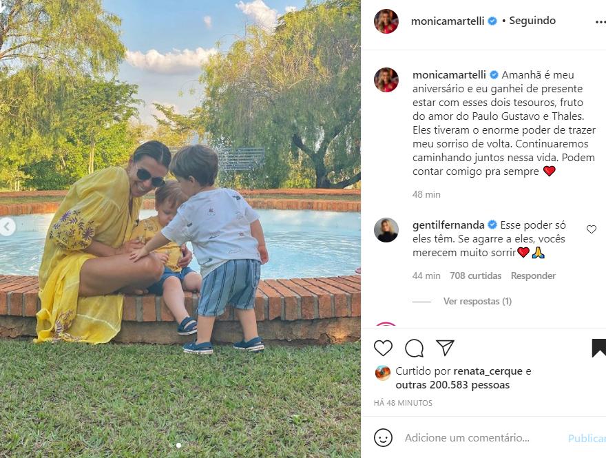 Mônica Martelli com Romeu e Gael, filhos de Paulo Gustavo e Thales Bretas - Crédito: Reprodução / Instagram