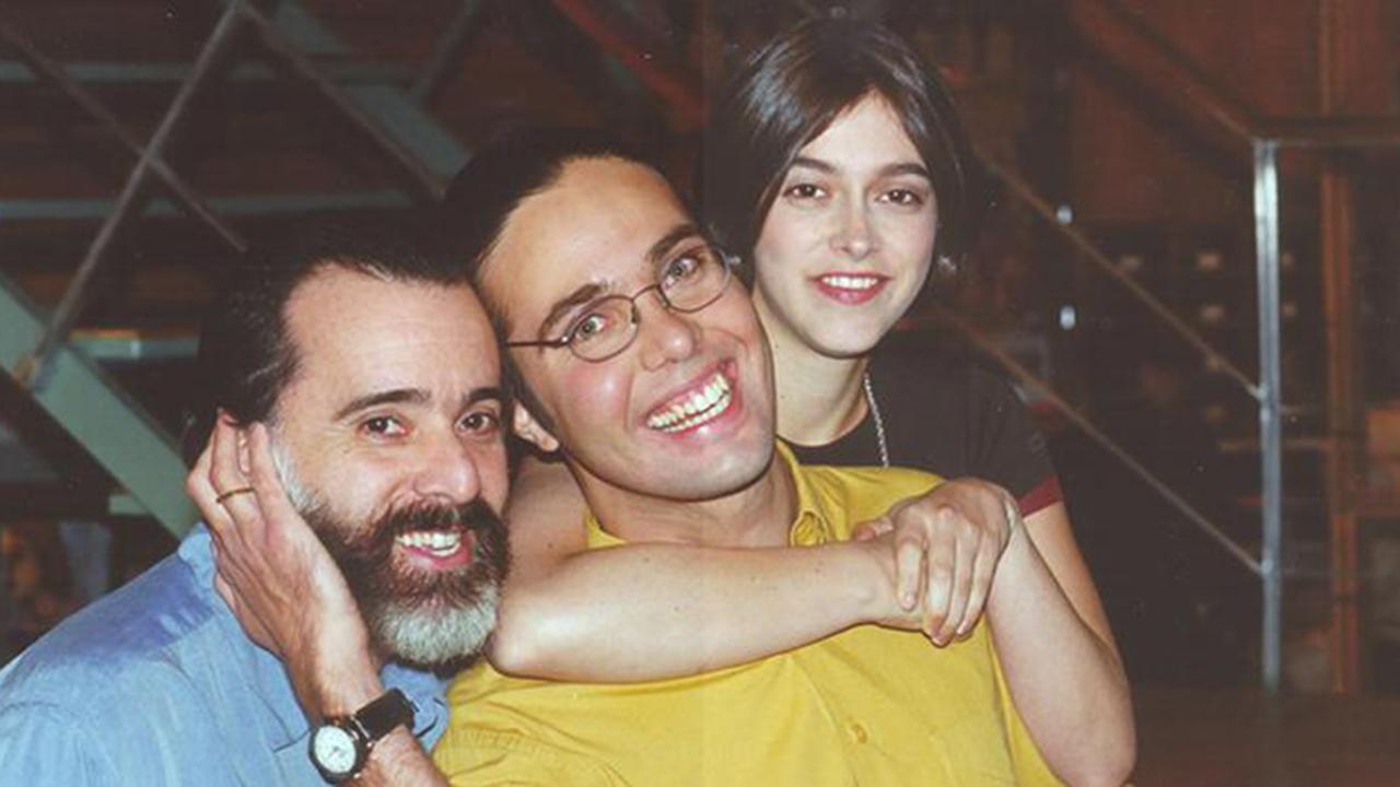 Tony Ramos, Flavio Silvino, Júlia Feldens na época das gravações da novela Laços de Família - Crédito: Jorge Baumann