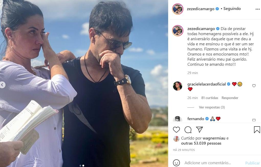 Zezé Di Camargo fica emocionado ao visitar o túmulo do pai, Francisco Camargo - Crédito: Reprodução / Instagram