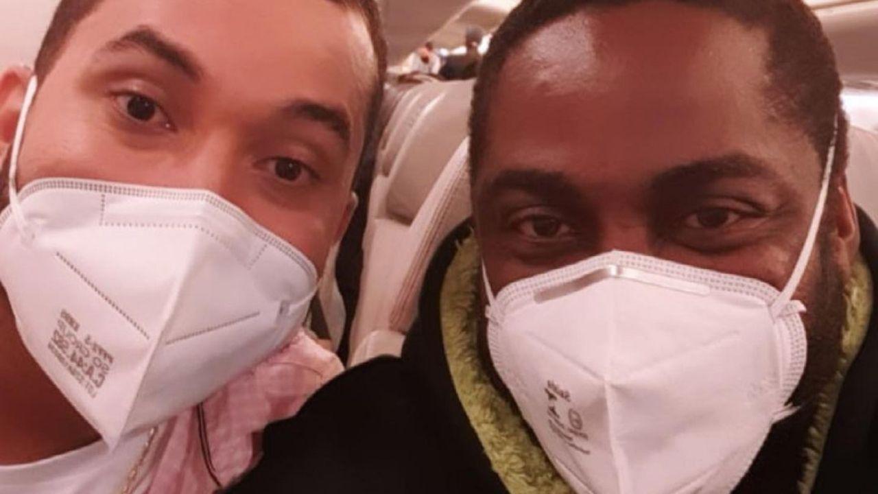 Lázaro Ramos encontra o ex-BBB Gilberto em avião. Foto: Reprodução/Instagram