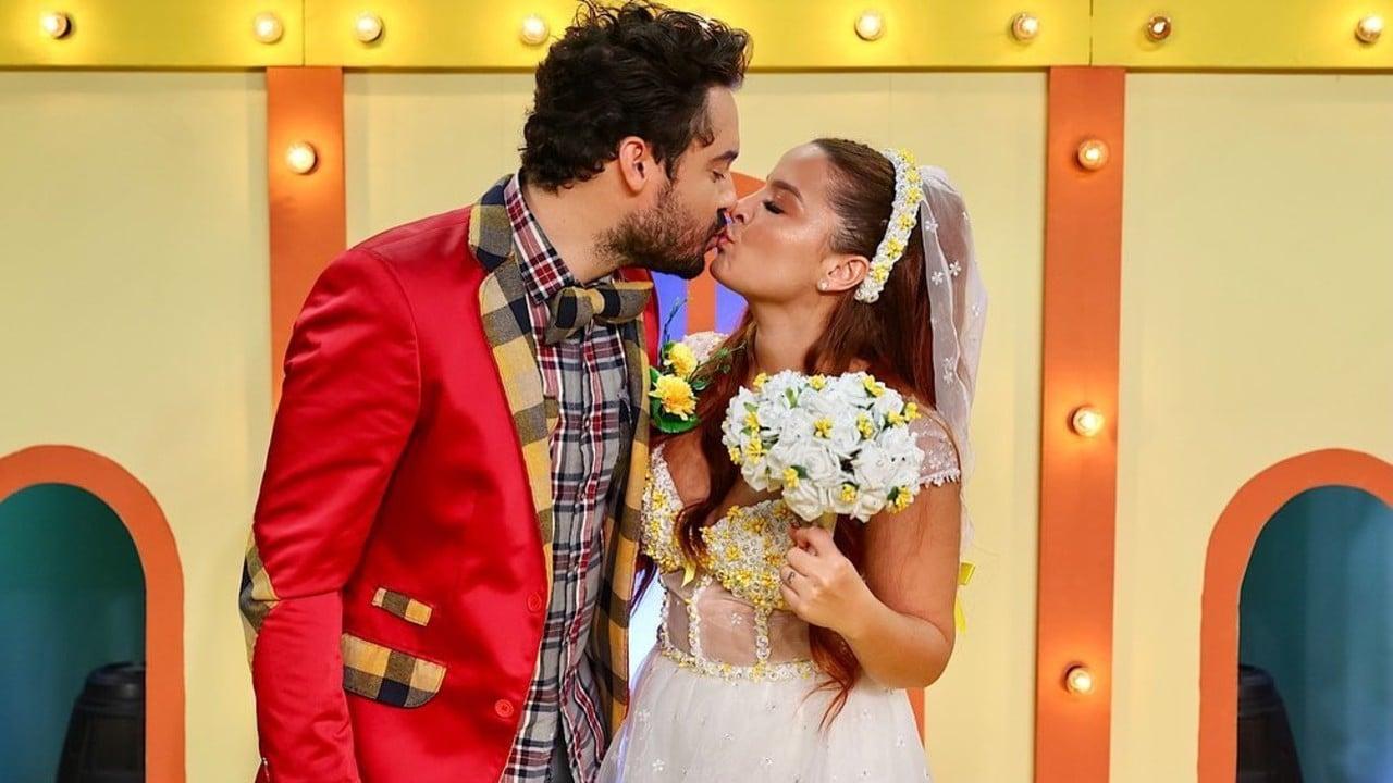 O casal Fernando e Maraisa se casaram durante a live de festa junina