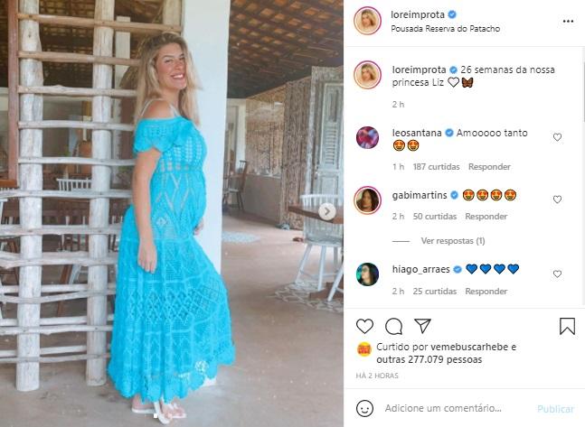 Lorena Improta mostra o barrigão de grávida