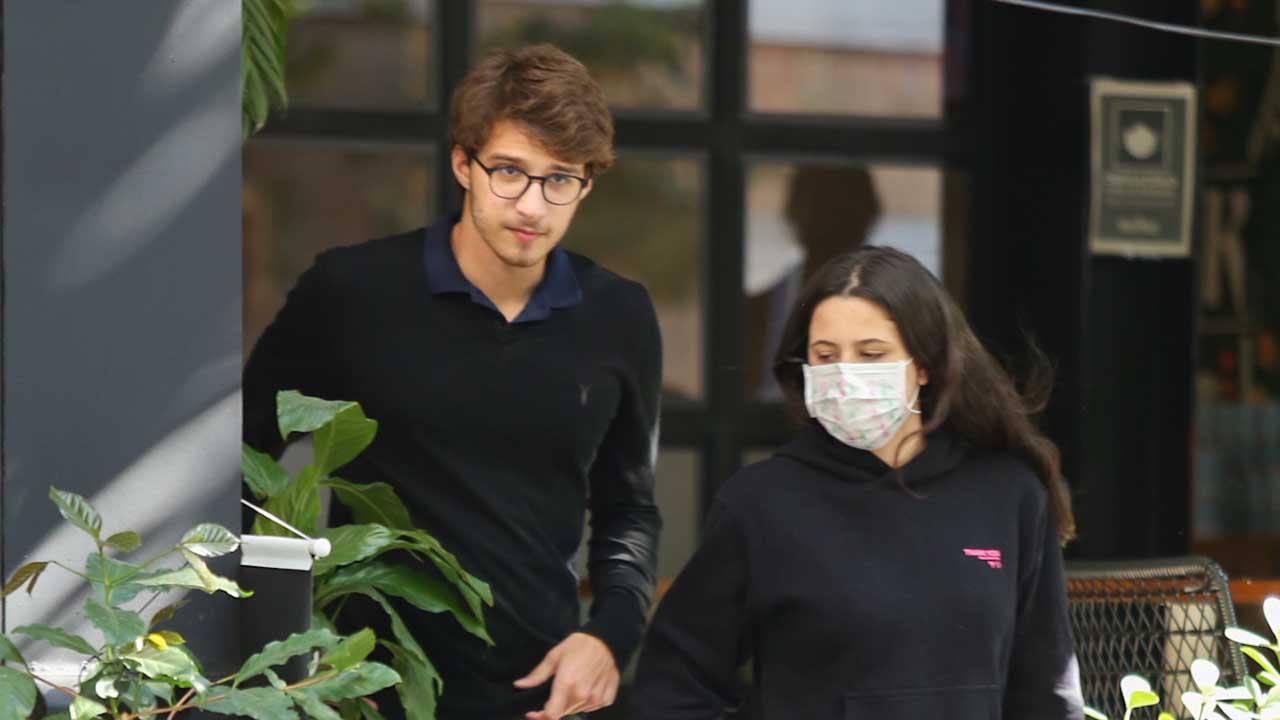 Sophia Raia e seu namorado, Felipe Lati - Crédito: AgNews