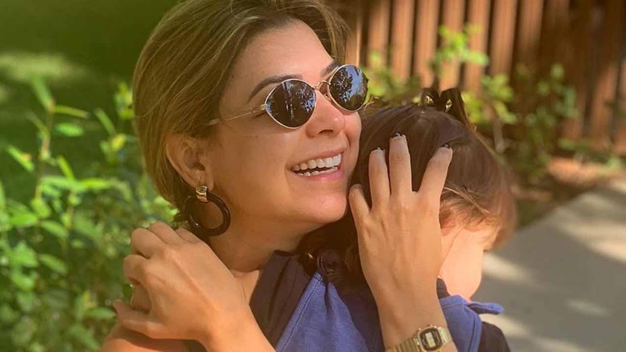 Amanda Françozo e a filha, Vitória - Crédito: Reprodução / Instagram