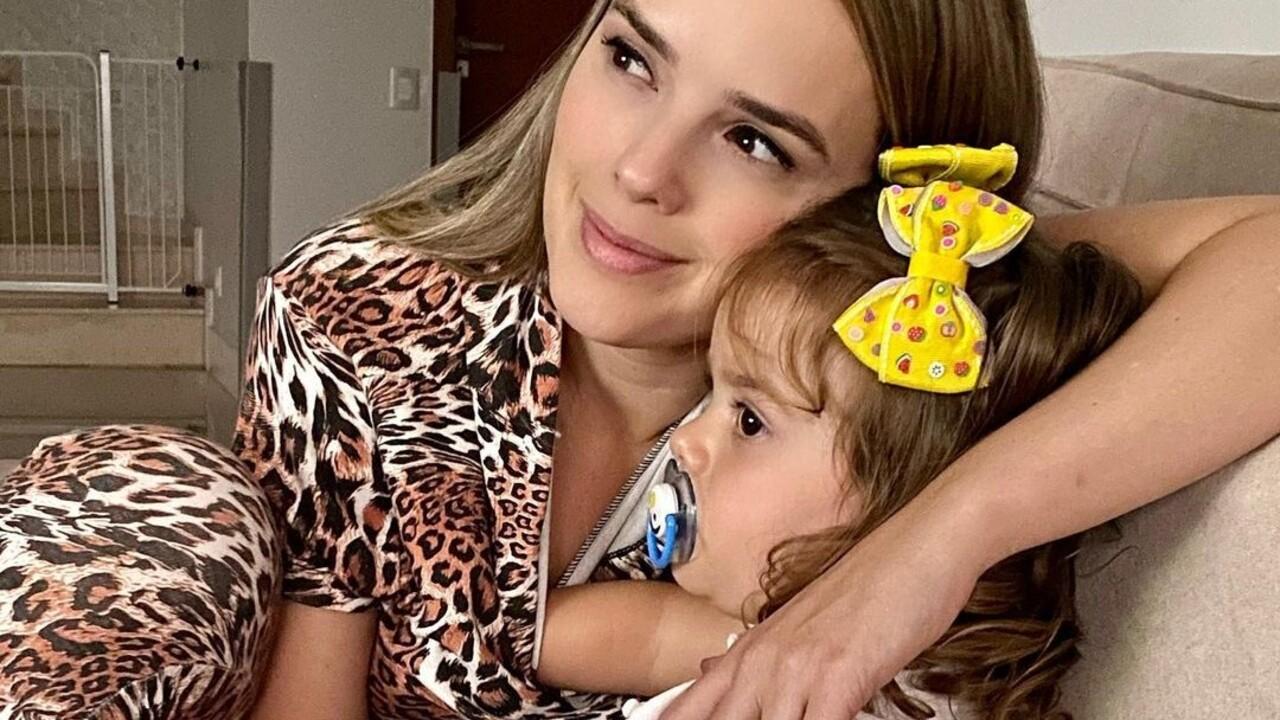 Thaeme Mariôto e filha, Liz