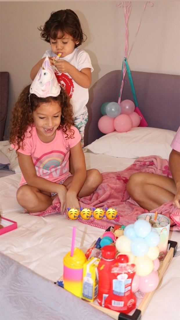 Wesley Safadão e Thyane Dantas comemoram o aniversário da filha Ysis - Crédito: Reprodução / Instagram