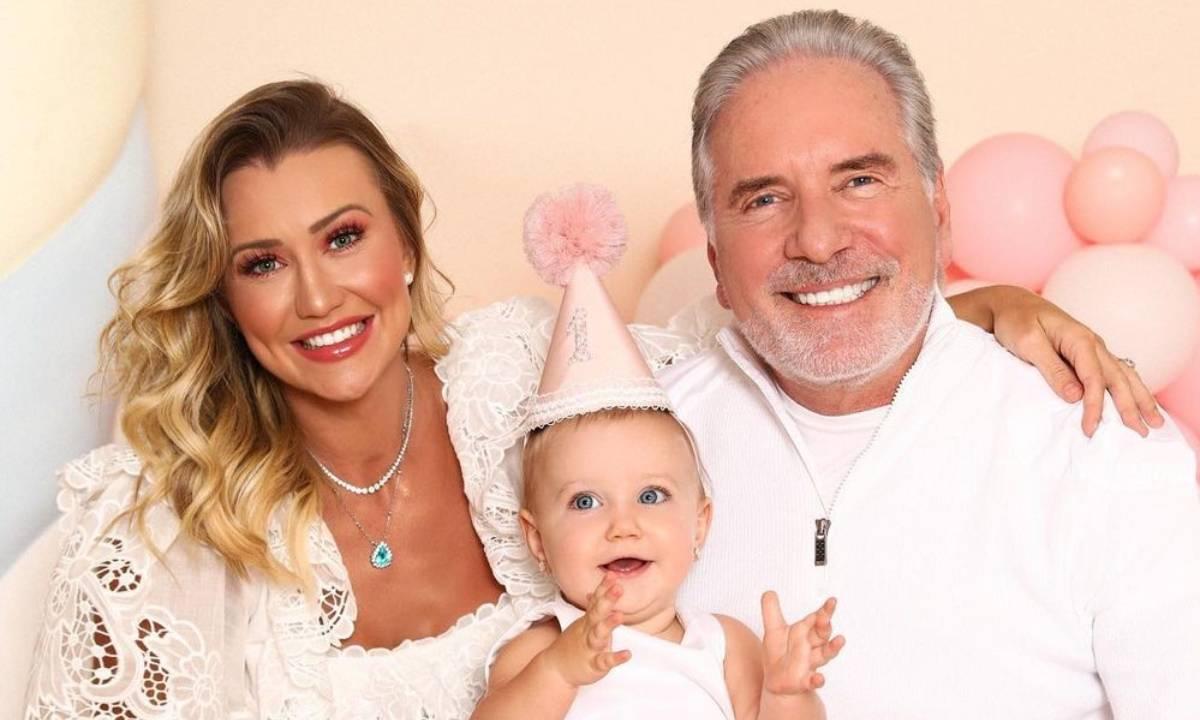Ana Paula Siebert, Roberto Justus e a filha, Vicky - Crédito: Reprodução/ Instagram