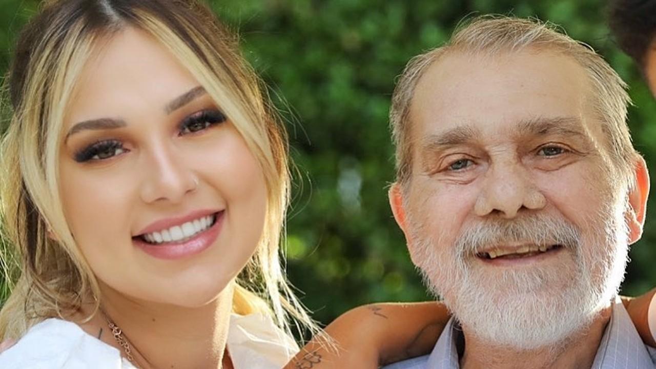 Após velório, Virgínia Fonseca presta últimas homenagens ao pai