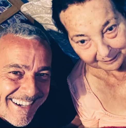 Alexandre Borges e sua mãe - Crédito: Reprodução / Instagram