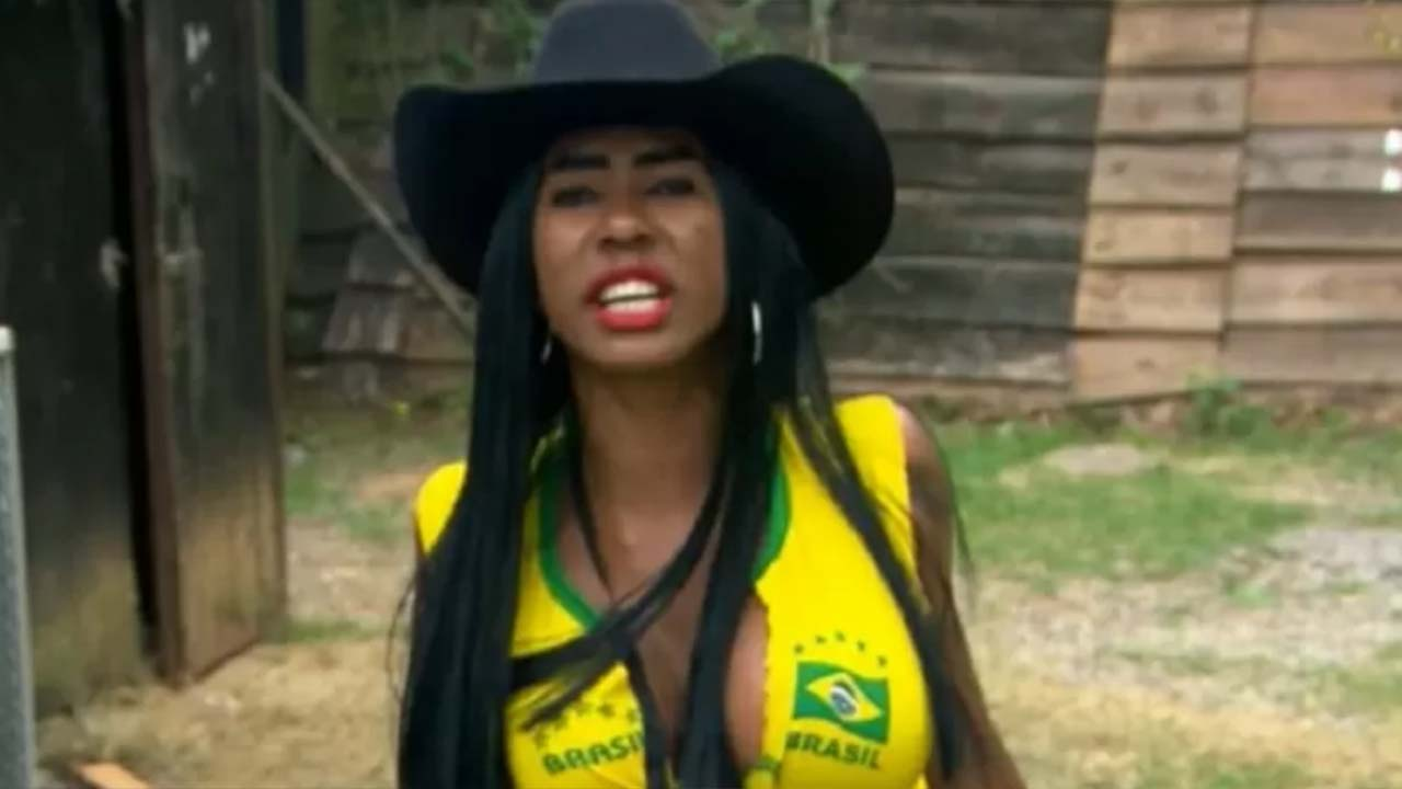 Inês Brasil em A Fazenda - Crédito: Reprodução / Record